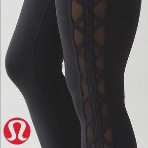 Lululemon side sheer ribbon legging, size 2